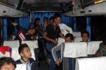 Bertolak jam 9.30 malam menggunakan bas pesiaran hari jumaat diperkarangan Masjid Bukit Rangin